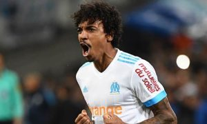 Europa League: Luiz Gustavo near Marseille: Dante, is that you?