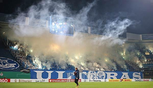 DFB Cup: Rostock riots: police fire warning shot