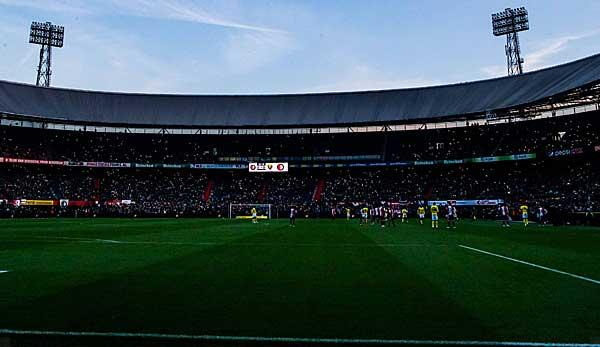 International Feyenoord Game Abandoned After 35 Seconds Sport World