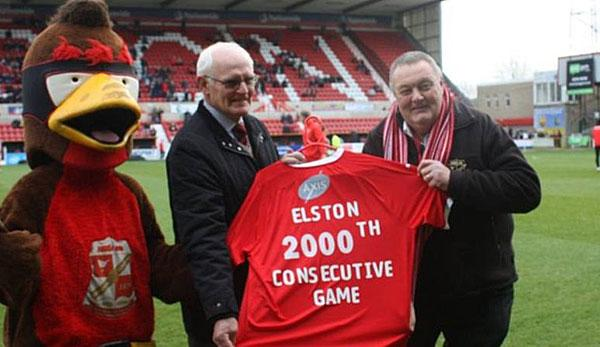 International: Superfan visits 2000th game - in a row